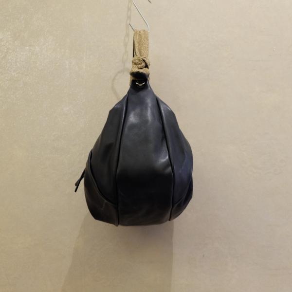 borsa donna borbonese in vitello smerigliato arricciato spallaccio regolabile in op natural