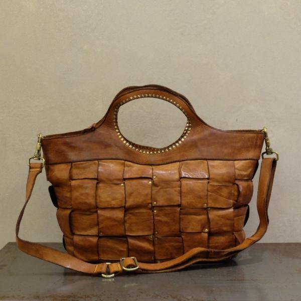 borsa donna campomaggi 100% made in italy in pelle di vacchetta naturale tinta in capo intrecciata a mano su stefanoascari.it