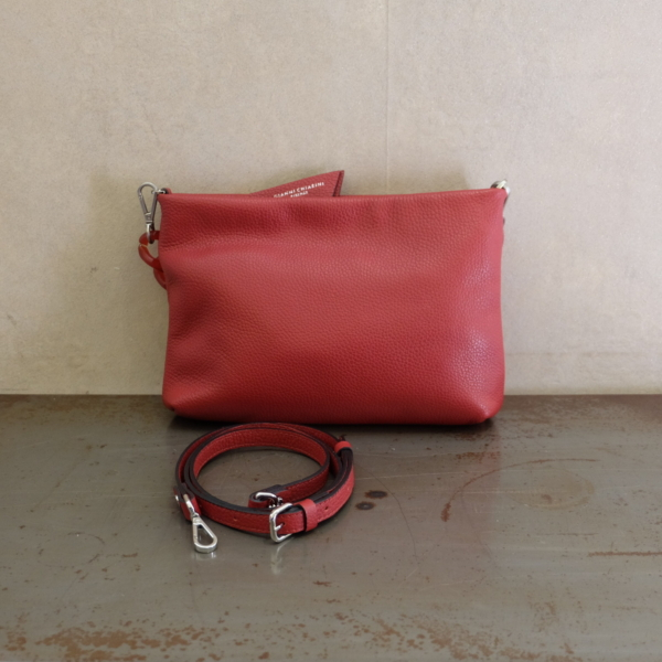 pulsante per acquistare borsa gianni chiarini linea Brenda colore rosso rubino