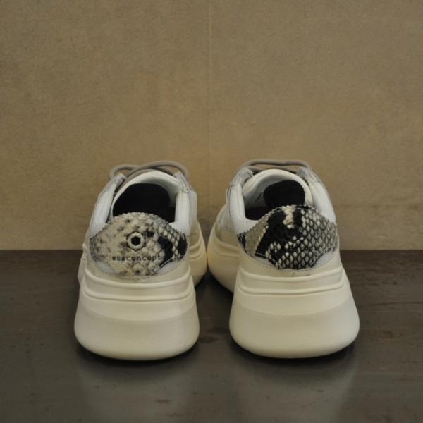 pulsante per acquistare sneaker moa 1506