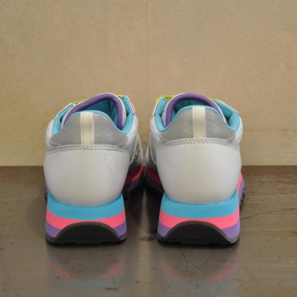 pulsante per acquistare saucony sneaker donna jazz triple 60568