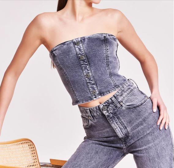 pulsante per acquistare vicolo top jeans