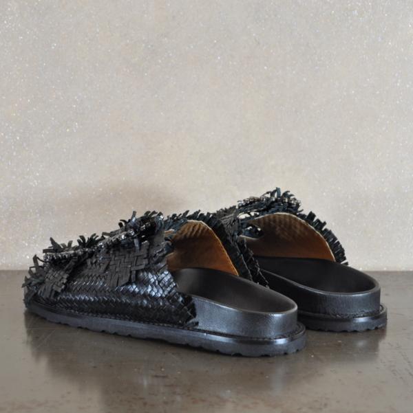 pulsante per acquistare sandalo donna coral blue nero con cinturini e fibbie gioiello