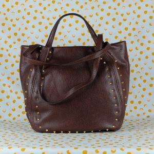 gianni chiarini borsa a mano in pelle martellata e borchie colore dark brown