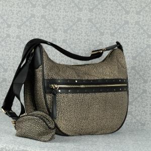 Borbonese Luna Bag middle nella nuova versione AI 20/21 con borchie applicate e piccolo marsupio estraibile. Scoprila sul nostro shop.