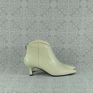 Chantal 1507 tronchetto donna in pelle bianca con tacco a rocchetto e cerniera posteriore. in vendita su www.stefanoascari.it