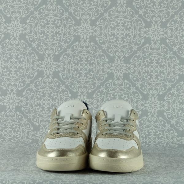 d.a.t.e. court vintage laminated platinum in pelle bianca con inserti color platino chiusura con lacci in vendita su www.stefanoascari.it