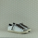 P448 john Ardesia sneaker donna low top in pelle bianca tallone argento e suede beige. Lacci neri.