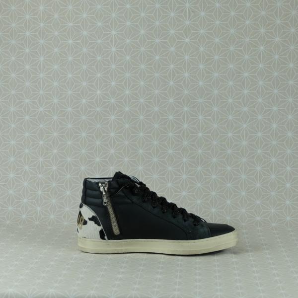 P448 skate blach cow sneaker donna alta in pregiata pelle colore nero cerniera laterale e lacci neri glitter dettaglio animalier sul tallone dettaglio animalier sul tallone