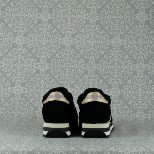 Saucony Jazz Triple 60530/13 black noir con intersuola ammortizzata e lacci disponibili in due colori. In vendita su www.stefanoascari.it