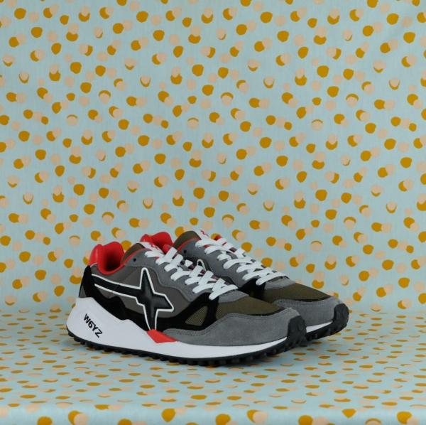 Scopri tutte le nuove sneaker w6yz wolf m per l'autunno 2021 uomo sul nostro shop online- Spedizioni veloci-pagamenti sicuri