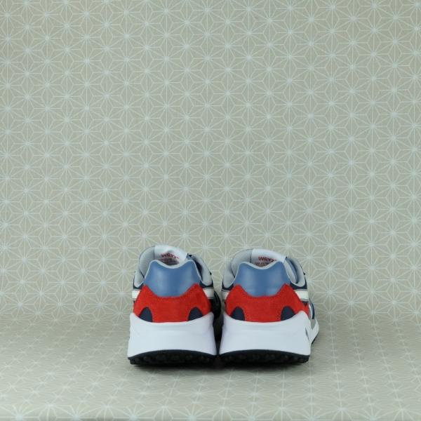 w6yz wolf m sneaker uomo in tessuto tecnico e suede blu con dettagli colorati. Chiusura con lacci suola ultraleggera in vendita su www.stefanoascari.it